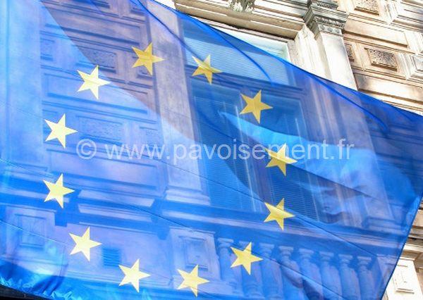 Drapeaux union Europe